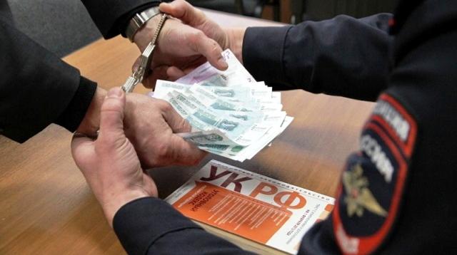 Дорожник изКунашака оштрафован завзятку начальнику ГИБДД